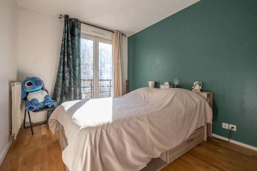 Appartement à vendre 3 63m2 à Joinville-le-Pont vignette-6