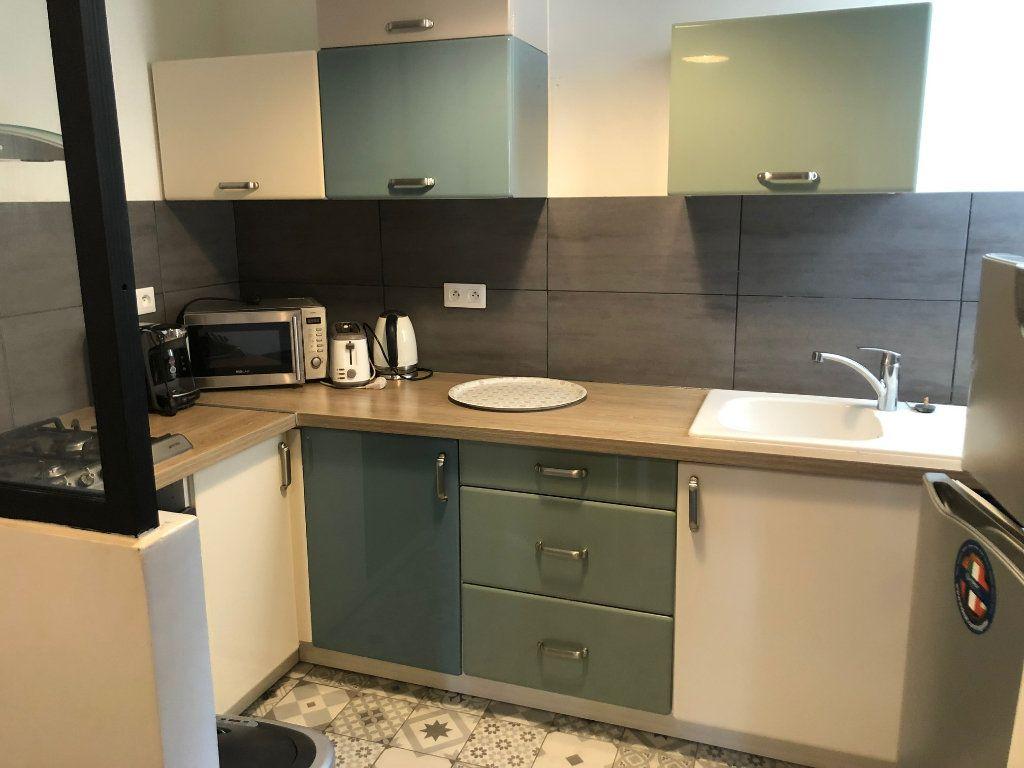 Appartement à louer 4 74.85m2 à Saint-Maur-des-Fossés vignette-5