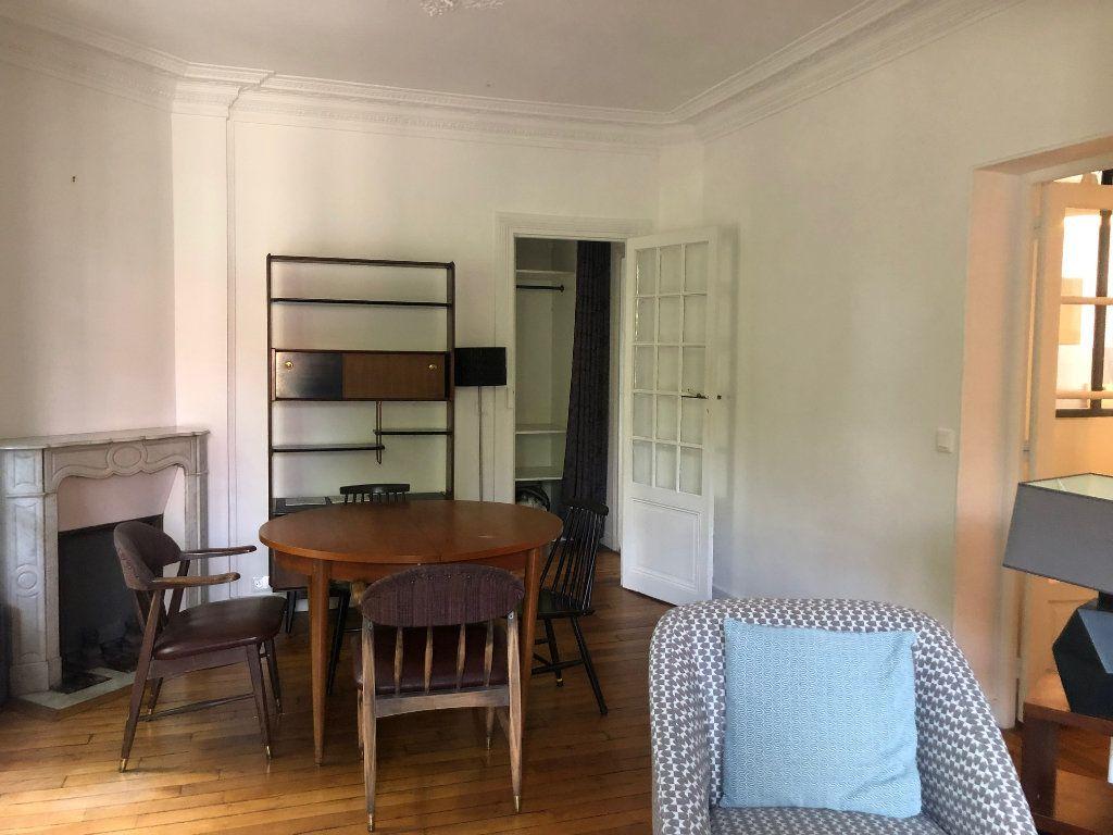 Appartement à louer 4 74.85m2 à Saint-Maur-des-Fossés vignette-8