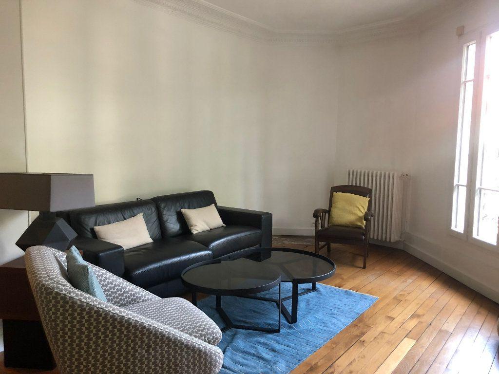 Appartement à louer 4 74.85m2 à Saint-Maur-des-Fossés vignette-9