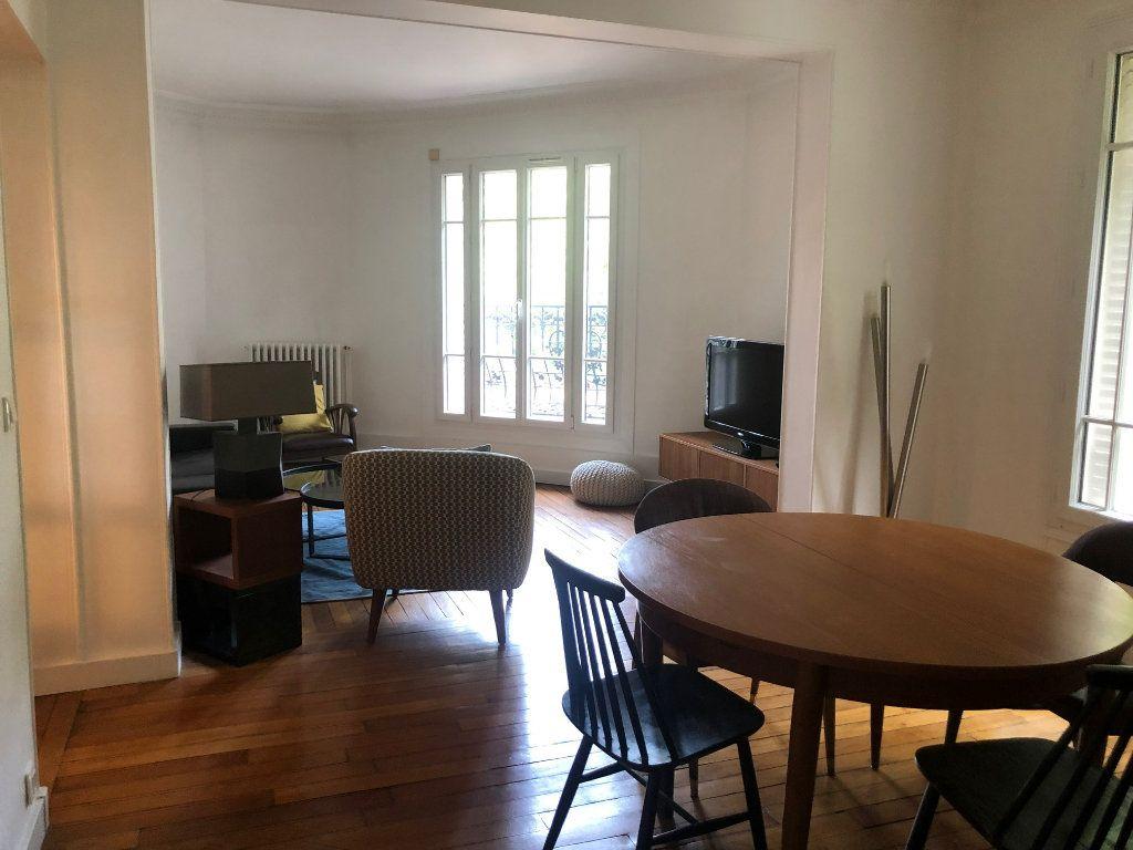Appartement à louer 4 74.85m2 à Saint-Maur-des-Fossés vignette-13