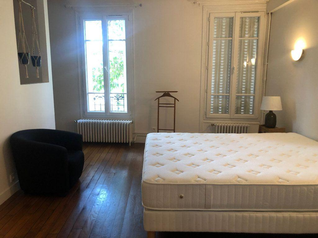 Appartement à louer 4 74.85m2 à Saint-Maur-des-Fossés vignette-14