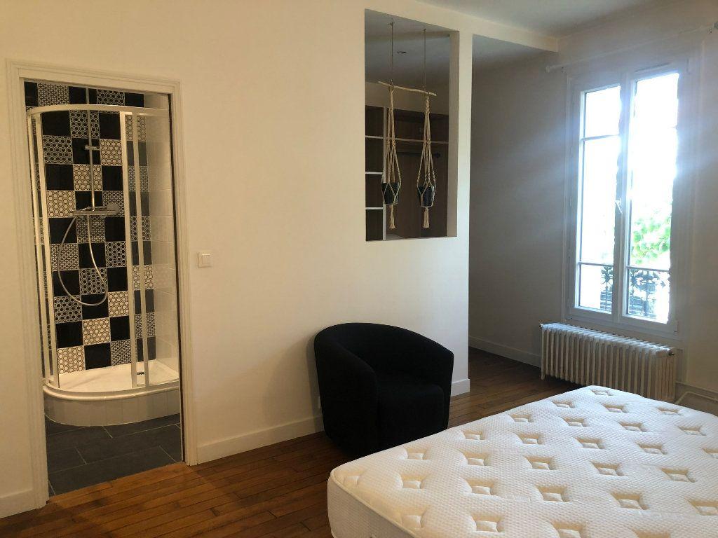 Appartement à louer 4 74.85m2 à Saint-Maur-des-Fossés vignette-15