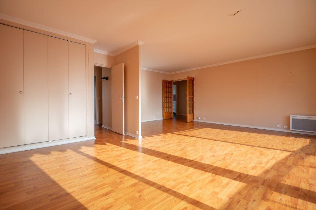 Appartement à vendre 4 84m2 à Saint-Maurice vignette-3