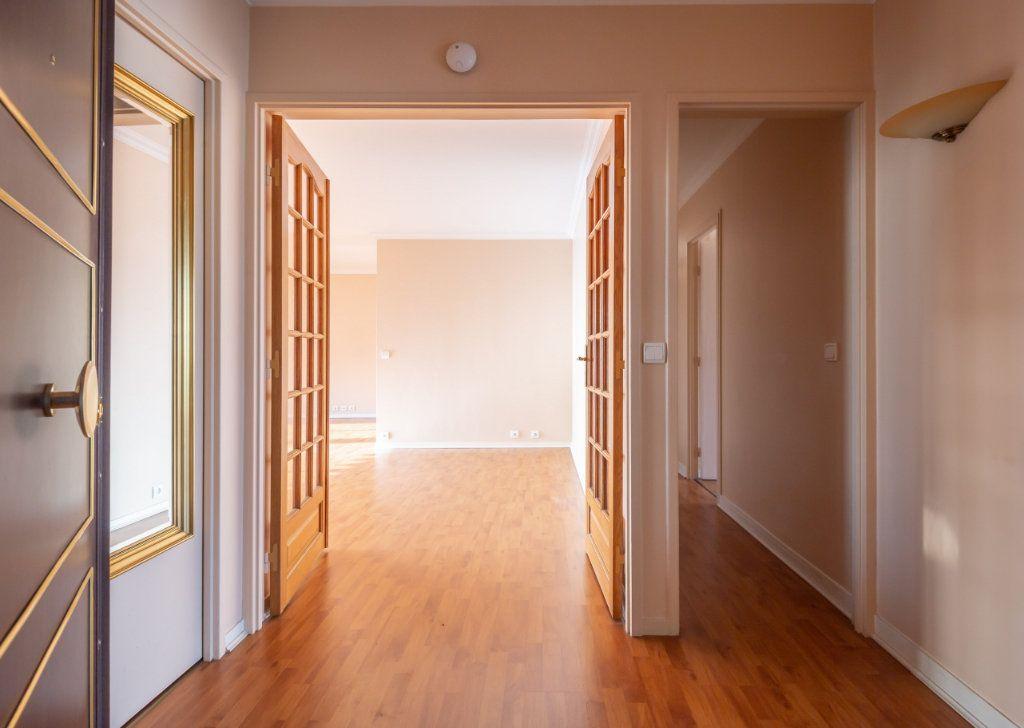 Appartement à vendre 4 84m2 à Saint-Maurice vignette-4