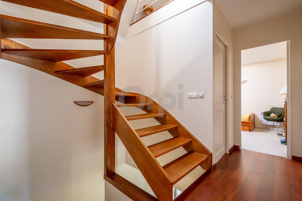 Maison à vendre 4 170m2 à Saint-Maurice vignette-16