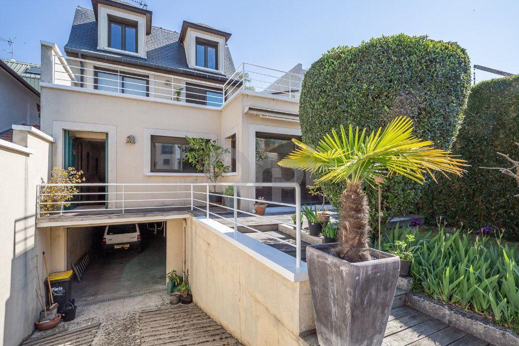 Maison à vendre 4 170m2 à Saint-Maurice vignette-18