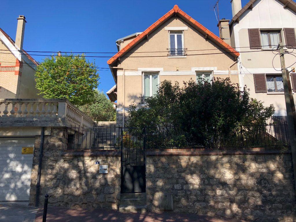 Maison à louer 5 81.28m2 à Saint-Maur-des-Fossés vignette-1