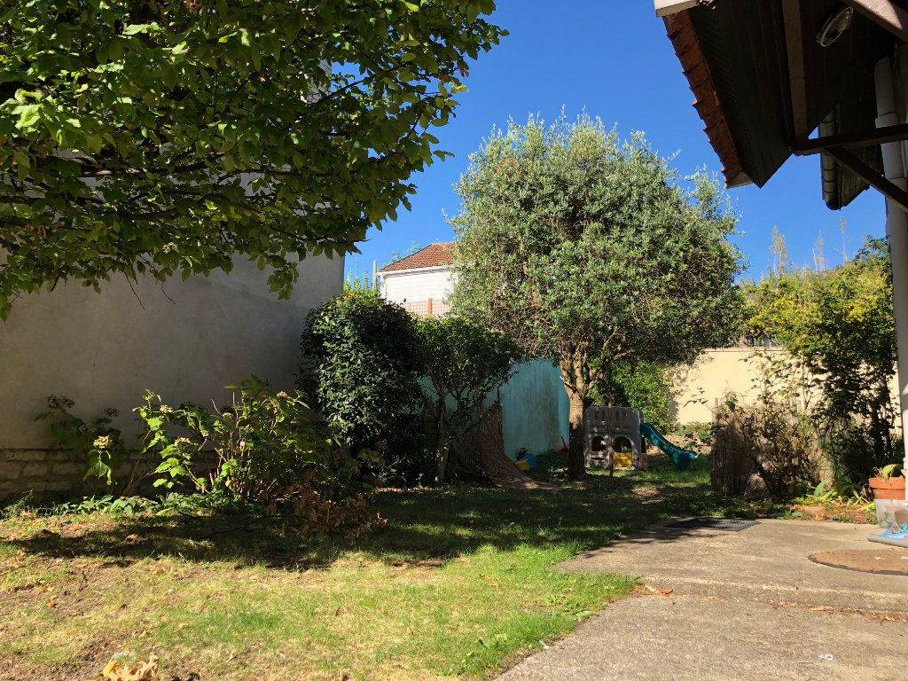 Maison à louer 5 81.28m2 à Saint-Maur-des-Fossés vignette-12
