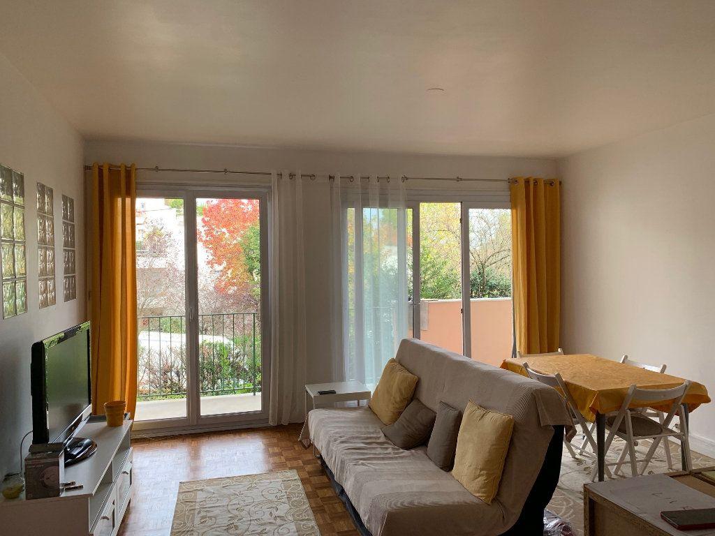 Appartement à louer 2 56.05m2 à Joinville-le-Pont vignette-3