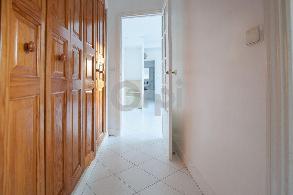 Appartement à louer 3 52.82m2 à Saint-Maurice vignette-9
