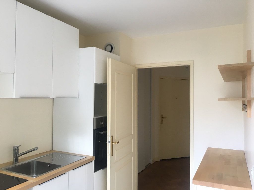 Appartement à louer 2 53m2 à Nogent-sur-Marne vignette-4