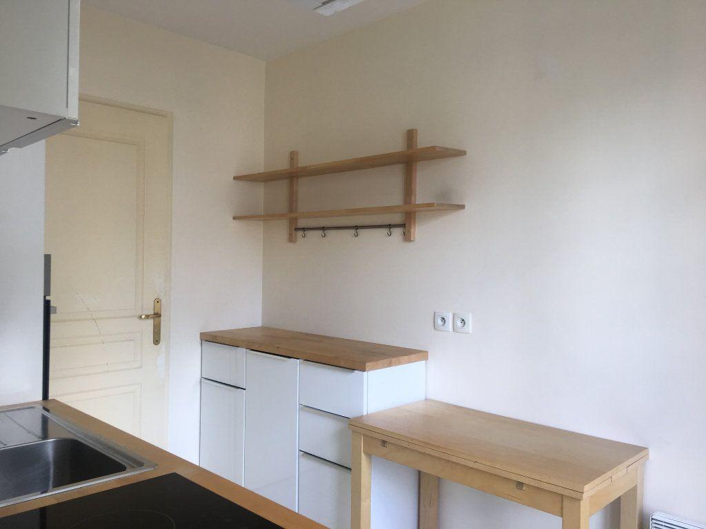 Appartement à louer 2 53m2 à Nogent-sur-Marne vignette-6
