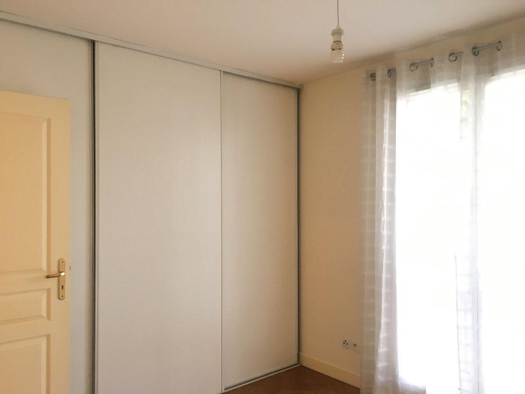 Appartement à louer 2 53m2 à Nogent-sur-Marne vignette-8