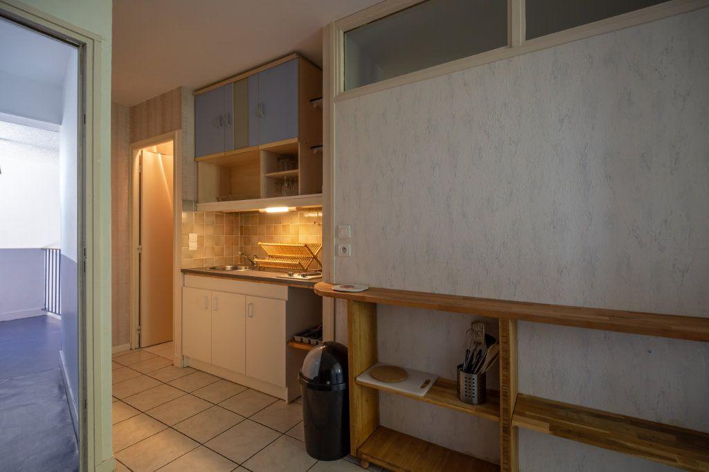 Appartement à louer 2 34.18m2 à Joinville-le-Pont vignette-9