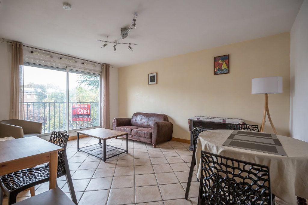 Appartement à louer 3 63.8m2 à Joinville-le-Pont vignette-1