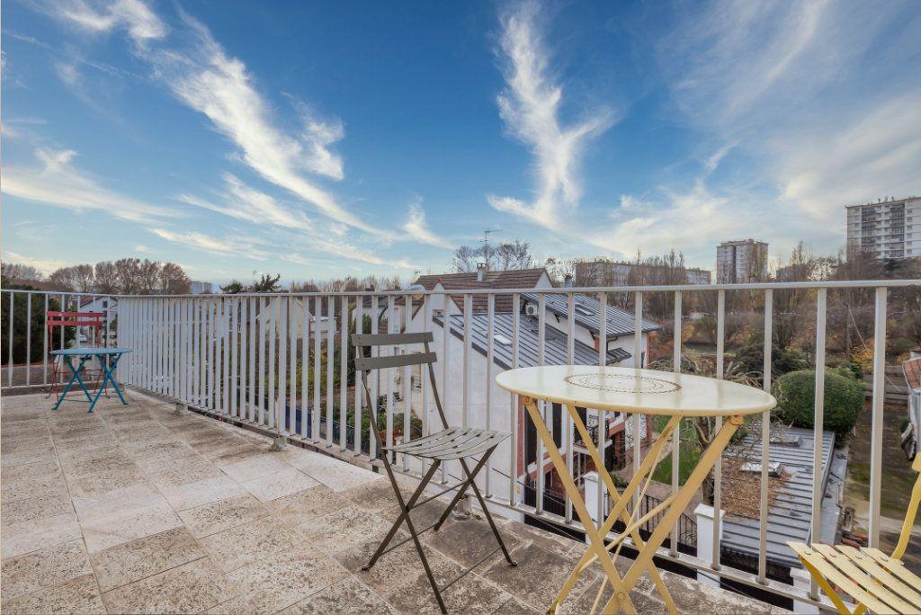 Appartement à vendre 3 69m2 à Saint-Maur-des-Fossés vignette-3