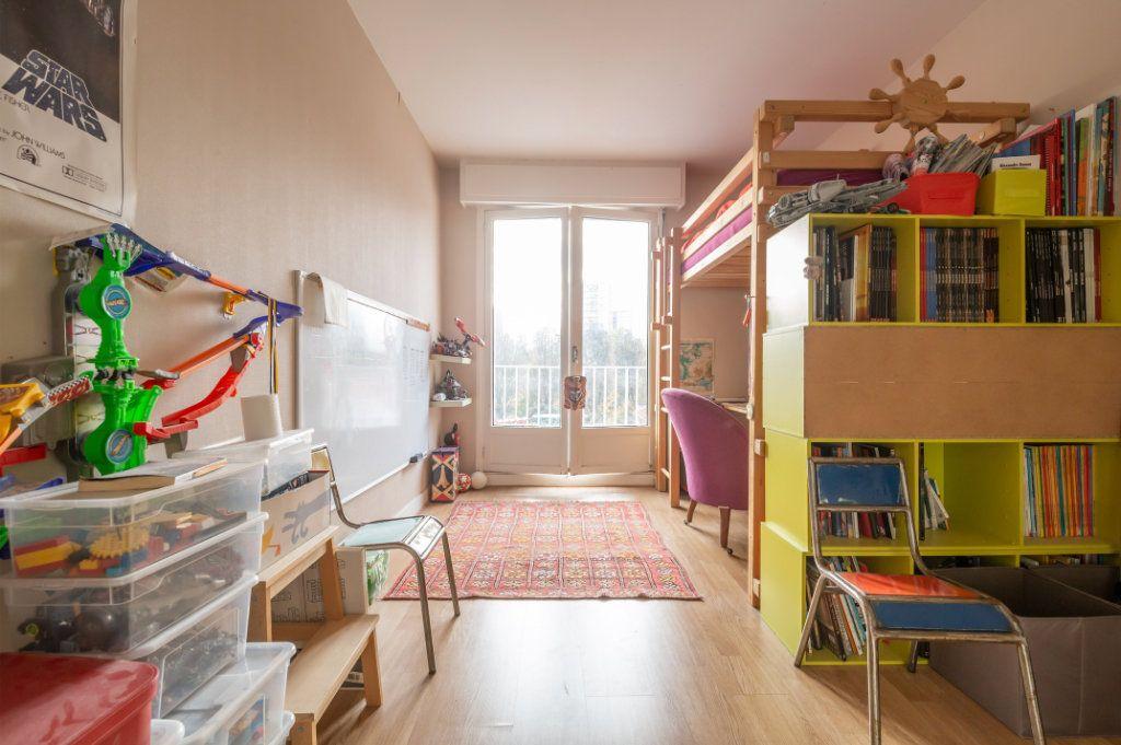 Appartement à vendre 3 69m2 à Saint-Maur-des-Fossés vignette-9