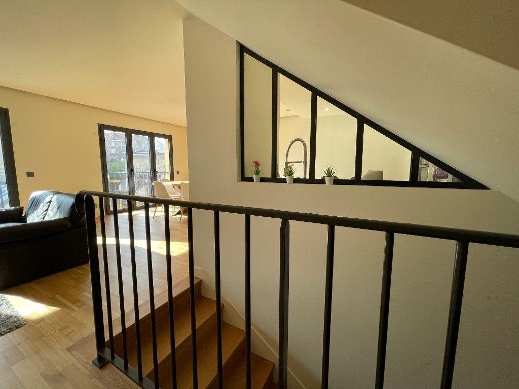 Maison à vendre 6 155.21m2 à Joinville-le-Pont vignette-4