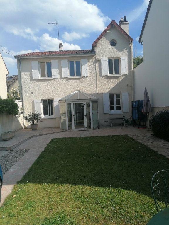 Maison à vendre 5 100m2 à Saint-Maur-des-Fossés vignette-1