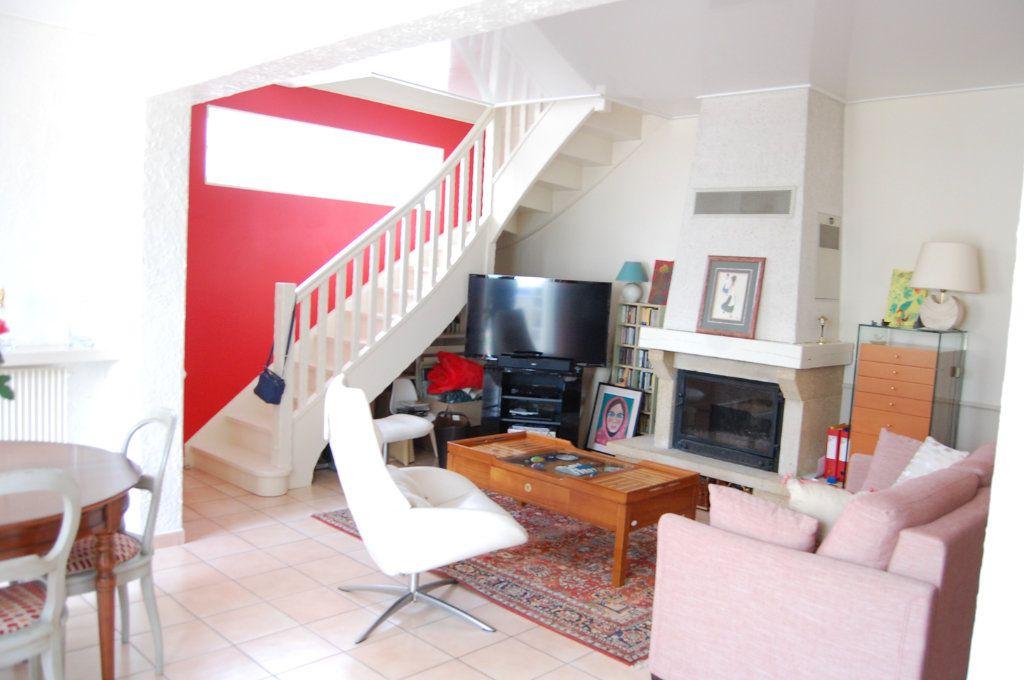 Maison à vendre 5 100m2 à Saint-Maur-des-Fossés vignette-5