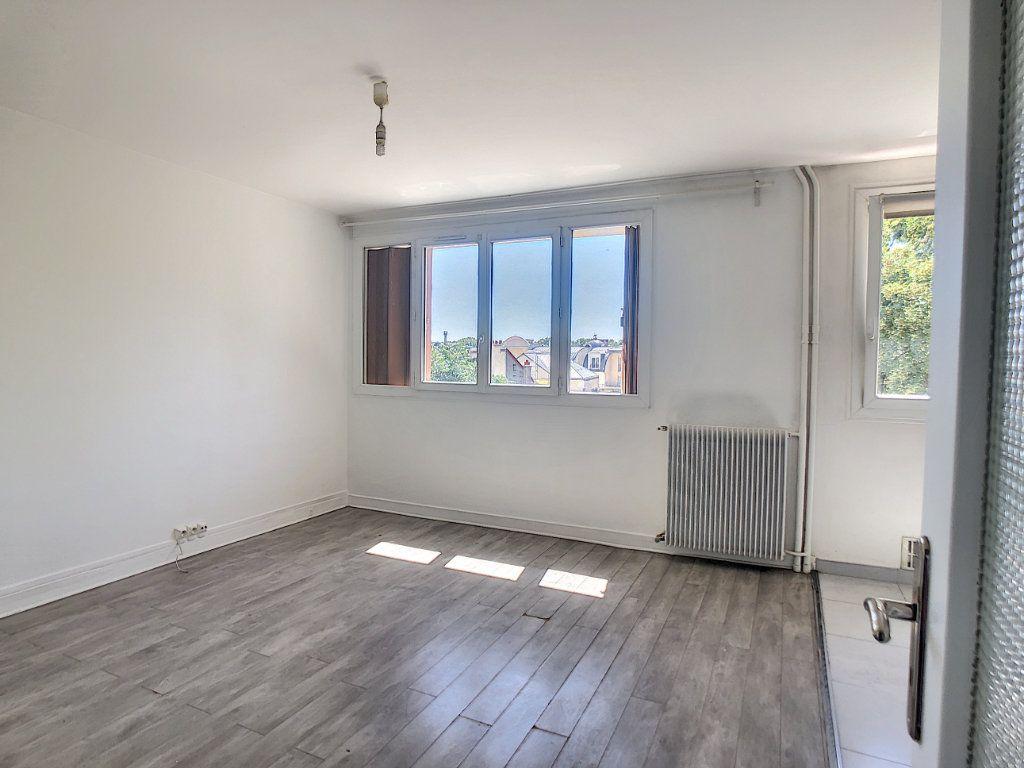 Appartement à louer 2 41.54m2 à Saint-Maurice vignette-1