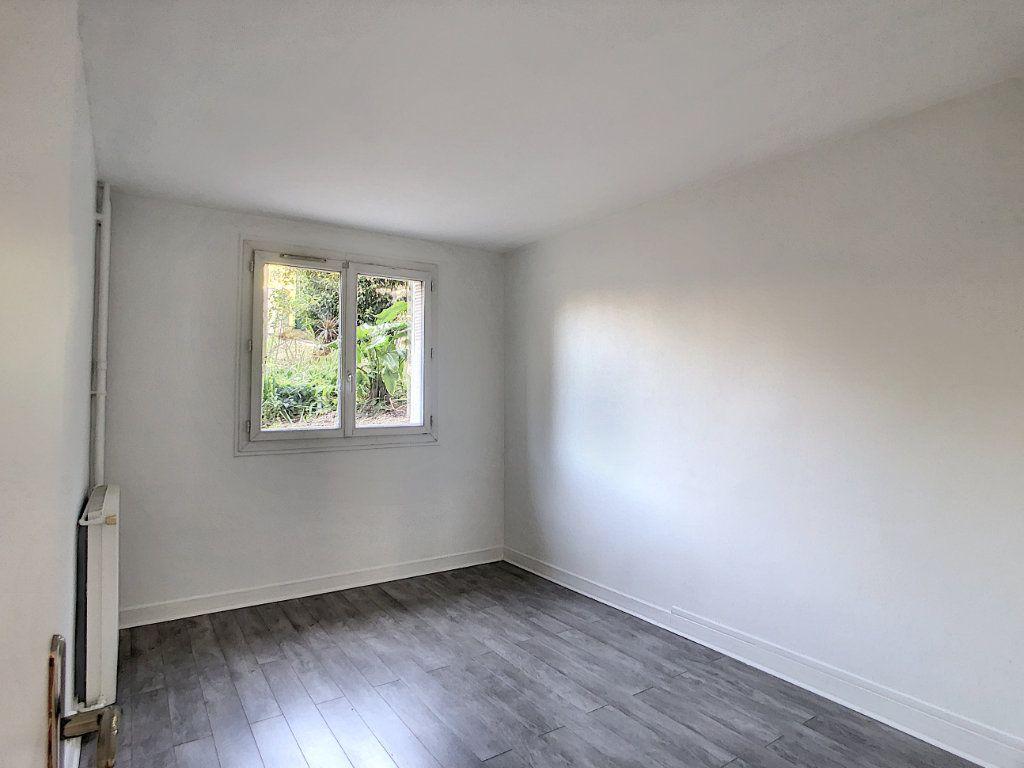 Appartement à louer 2 41.54m2 à Saint-Maurice vignette-4