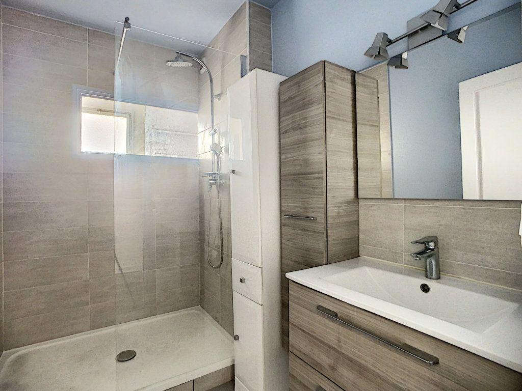 Appartement à louer 3 69.39m2 à Champigny-sur-Marne vignette-6