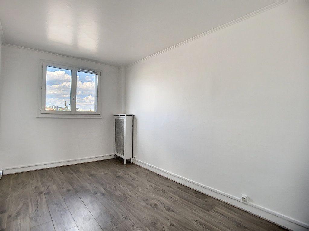Appartement à louer 3 69.39m2 à Champigny-sur-Marne vignette-7