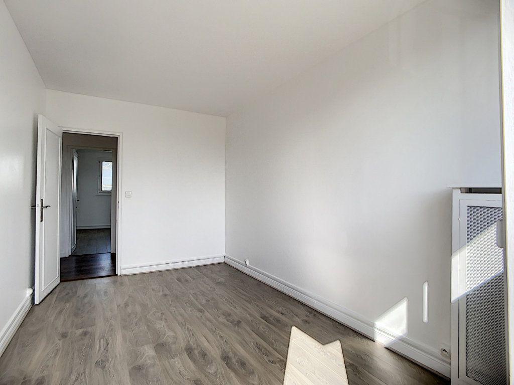 Appartement à louer 3 69.39m2 à Champigny-sur-Marne vignette-10