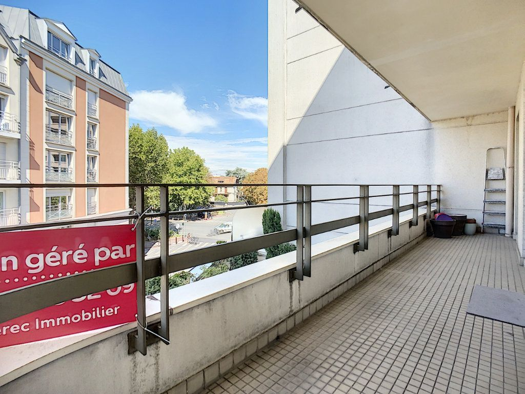 Appartement à louer 2 43.82m2 à Joinville-le-Pont vignette-13