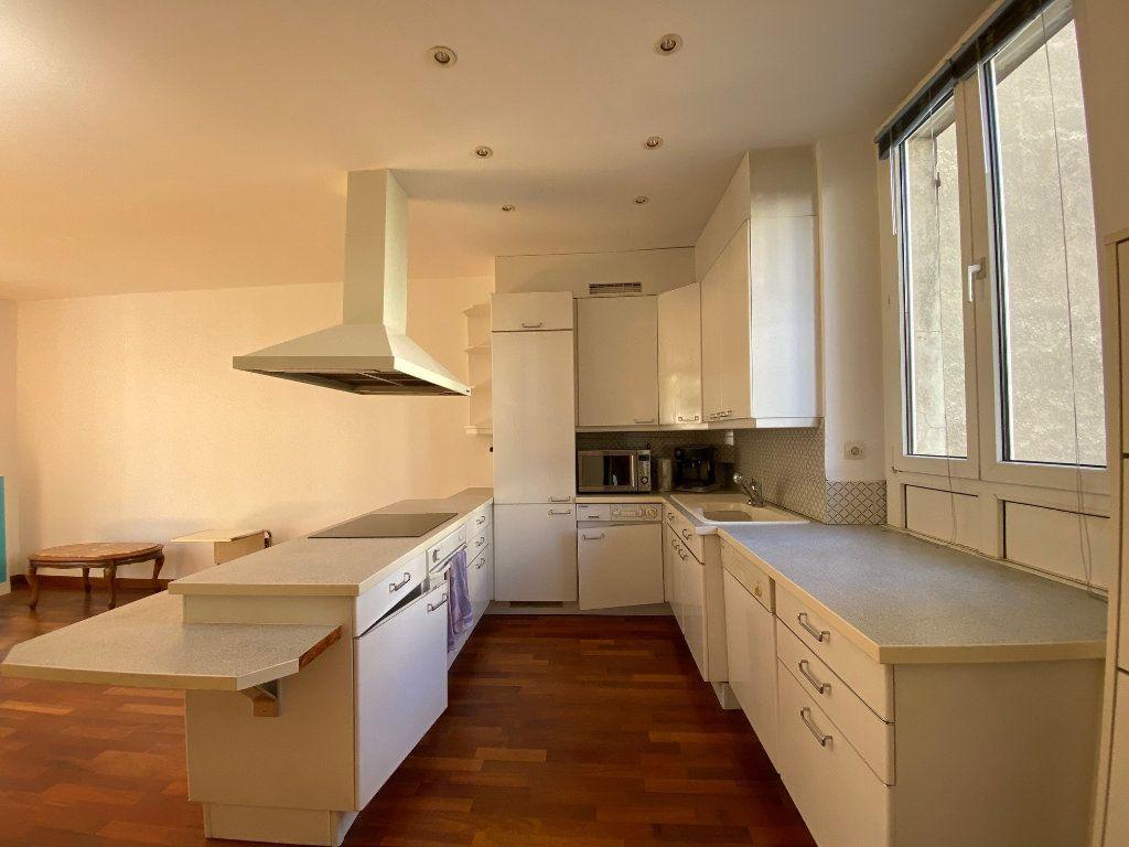 Appartement à louer 2 50m2 à Neuilly-sur-Seine vignette-6