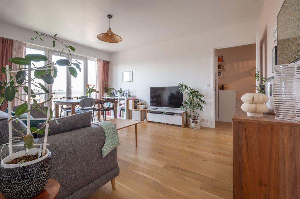 Appartement à vendre 3 61.59m2 à Joinville-le-Pont vignette-2