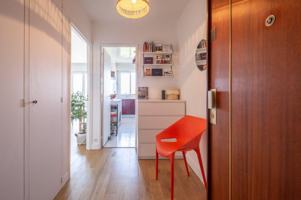 Appartement à vendre 3 61.59m2 à Joinville-le-Pont vignette-4