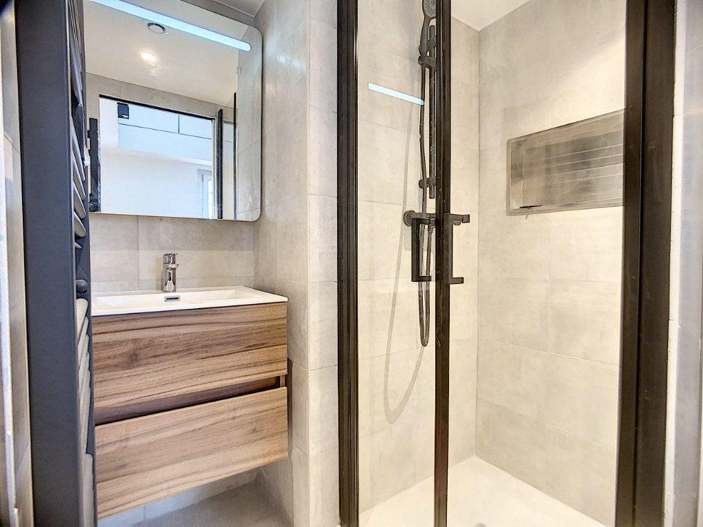 Appartement à louer 3 42.36m2 à Paris 12 vignette-12