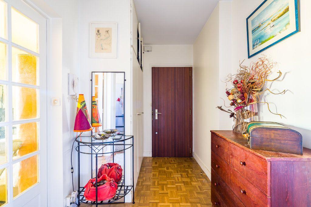 Appartement à vendre 3 69.54m2 à Champigny-sur-Marne vignette-3