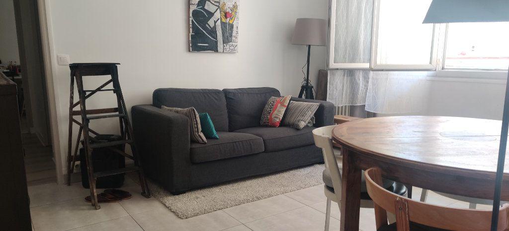Appartement à vendre 3 54.95m2 à Joinville-le-Pont vignette-2