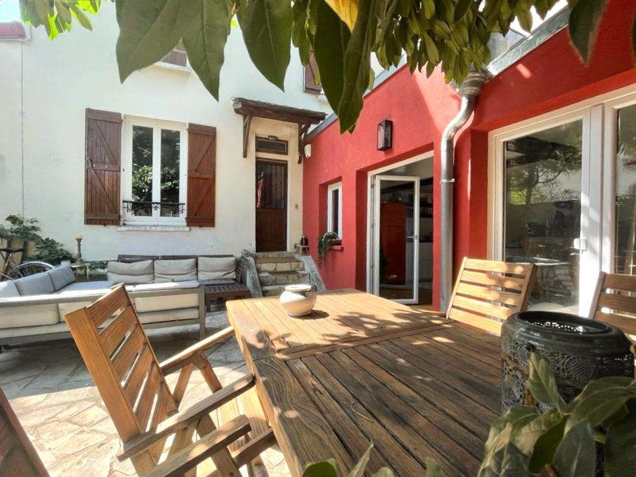Maison à vendre 3 64.14m2 à Joinville-le-Pont vignette-1