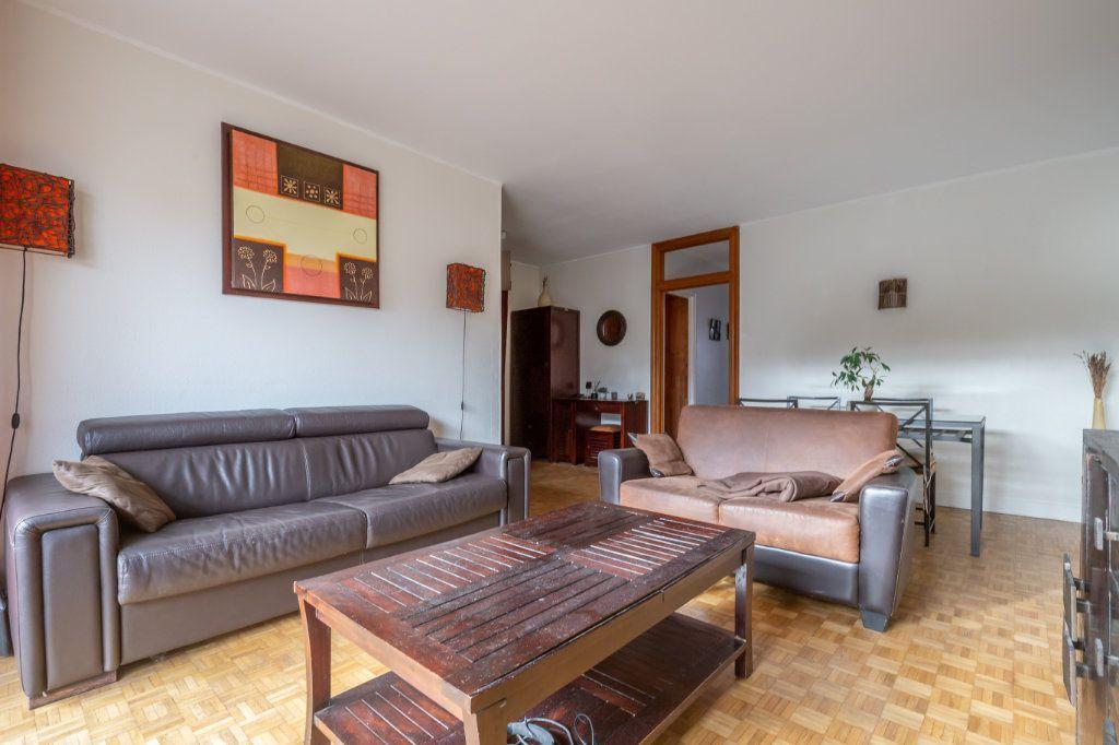 Appartement à vendre 3 67m2 à Saint-Maur-des-Fossés vignette-3