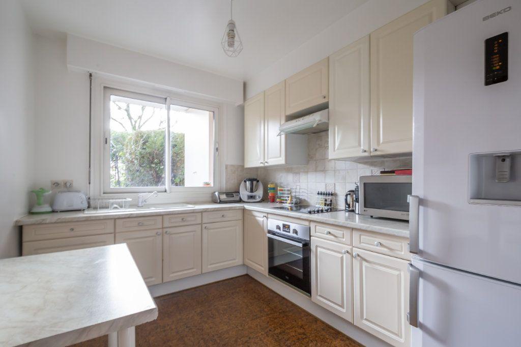Appartement à vendre 3 67m2 à Saint-Maur-des-Fossés vignette-4