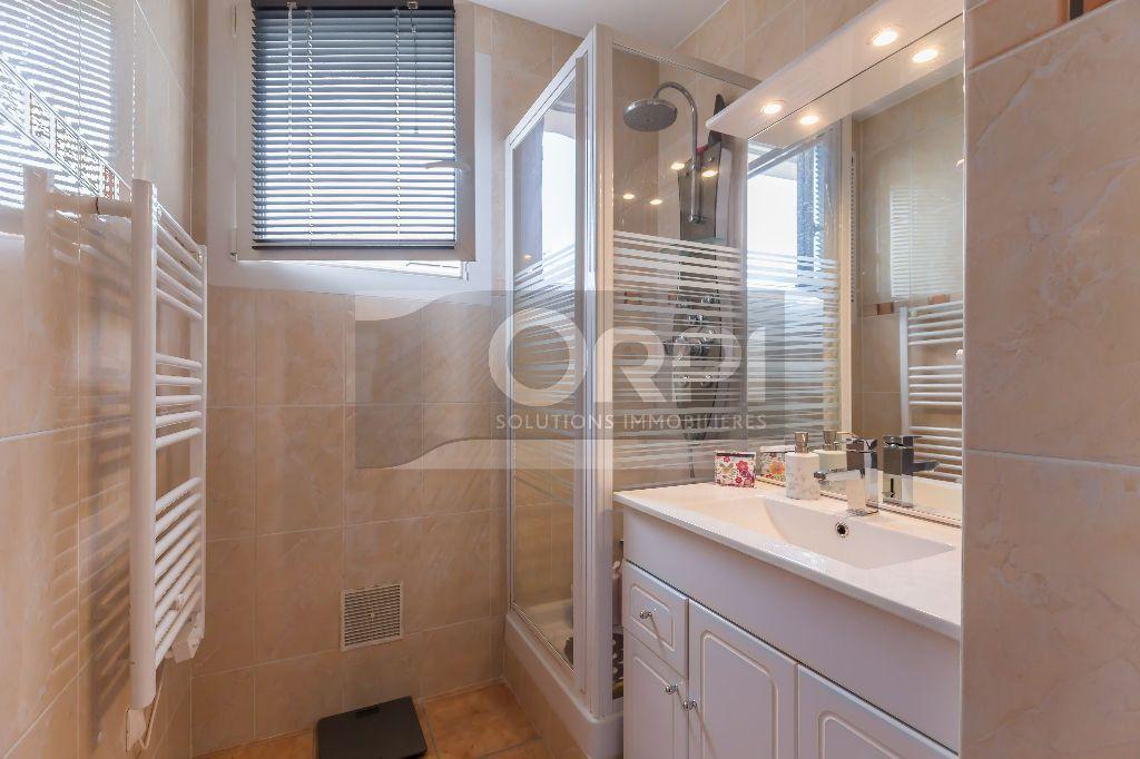 Appartement à vendre 3 50.6m2 à Champigny-sur-Marne vignette-6