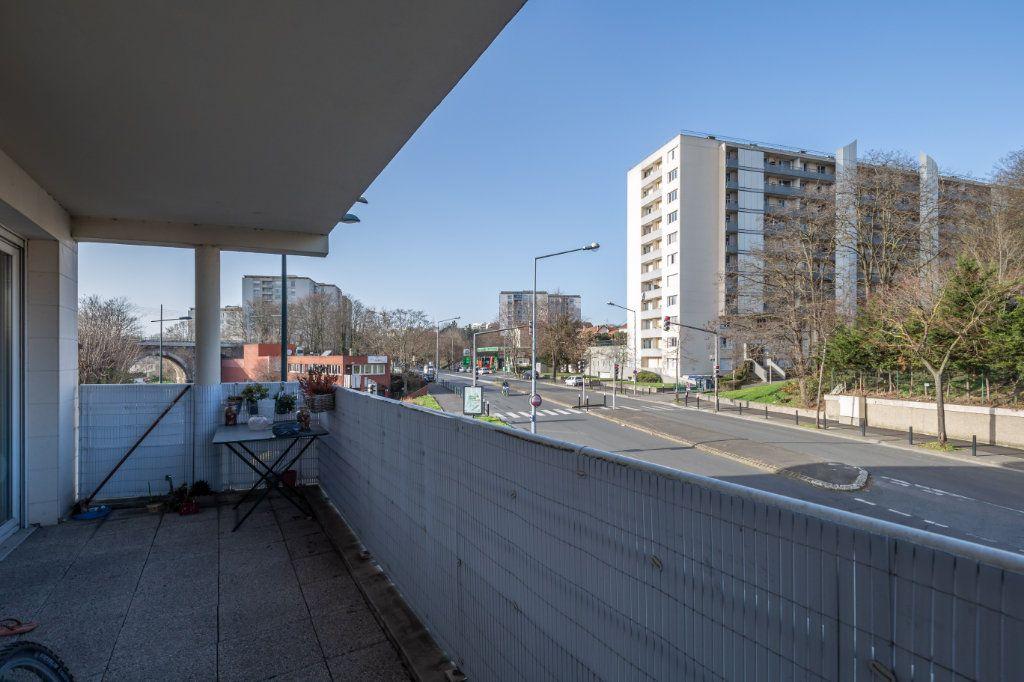 Appartement à vendre 2 35m2 à Joinville-le-Pont vignette-2