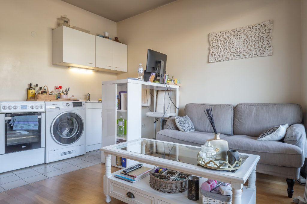 Appartement à vendre 2 35m2 à Joinville-le-Pont vignette-3