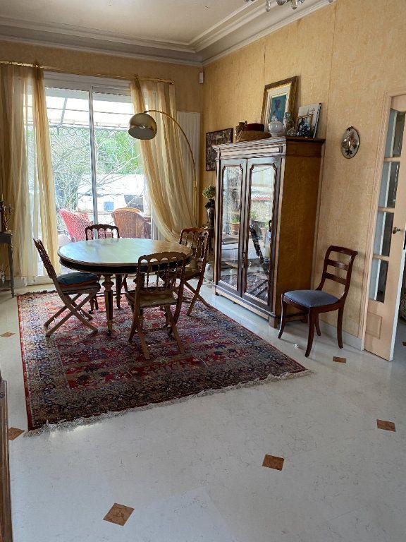 Maison à vendre 8 175m2 à Saint-Maur-des-Fossés vignette-4