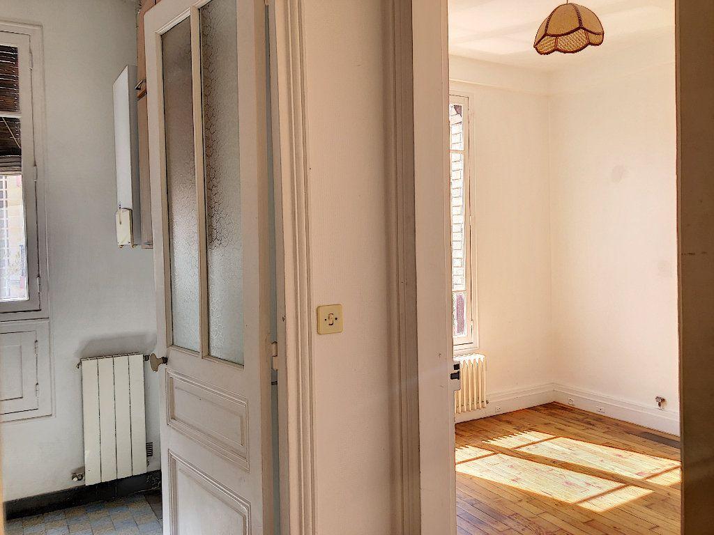 Appartement à louer 2 31.14m2 à Créteil vignette-4