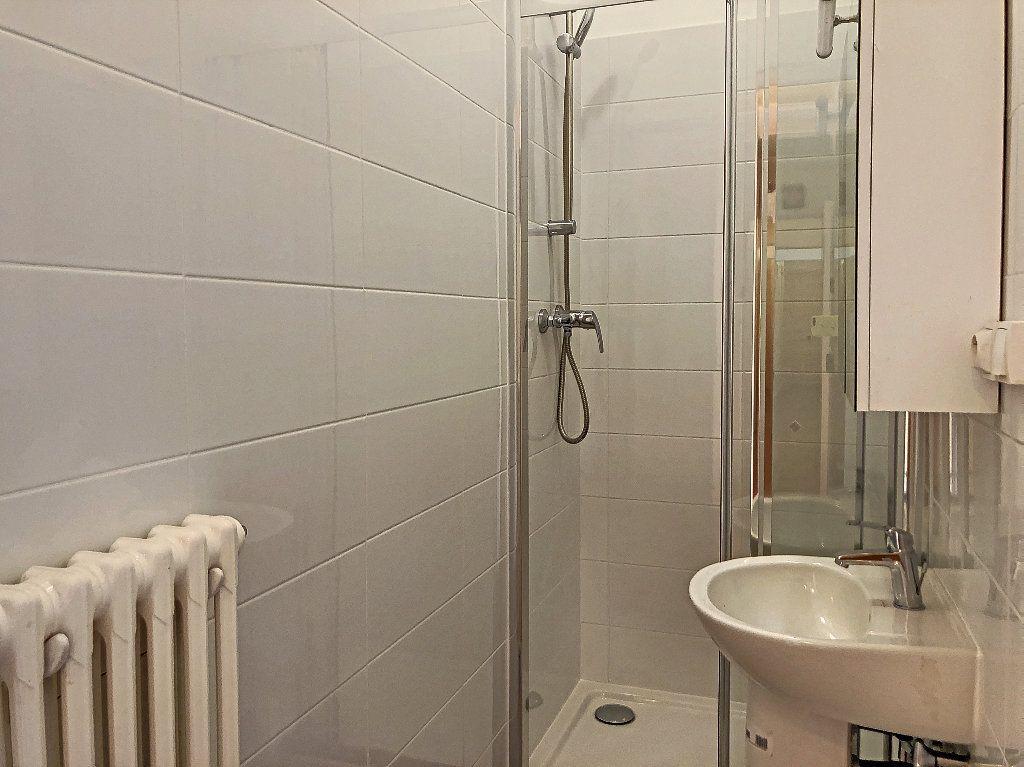 Appartement à louer 2 31.14m2 à Créteil vignette-12