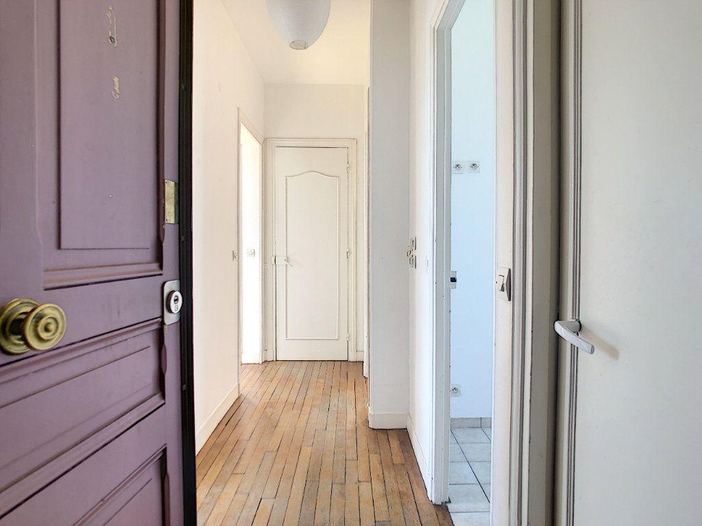 Appartement à louer 3 49.25m2 à Créteil vignette-1