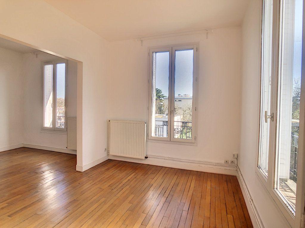 Appartement à louer 3 49.25m2 à Créteil vignette-5