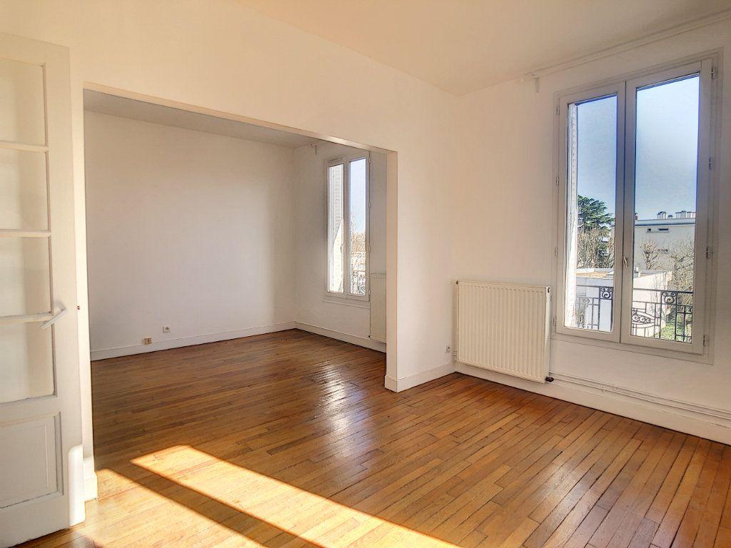 Appartement à louer 3 49.25m2 à Créteil vignette-6
