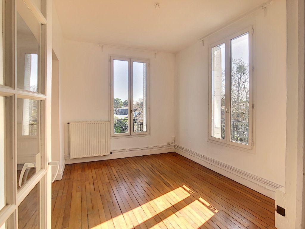Appartement à louer 3 49.25m2 à Créteil vignette-7